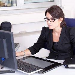Szemüveg - munkáltatói támogatással, monitor előtti munkavégzéshez
